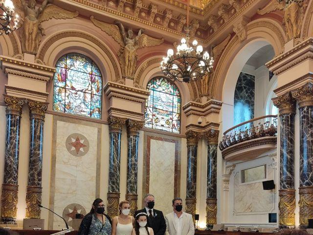 La boda de Carlos  y Laura en Donostia-San Sebastián, Guipúzcoa 11