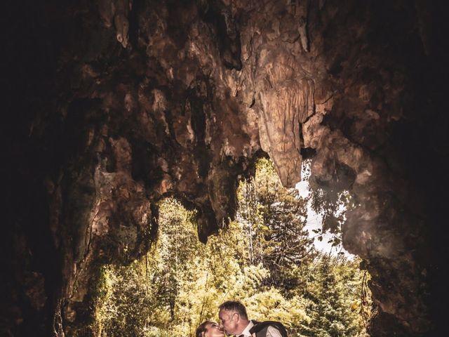 La boda de Carlos  y Laura en Donostia-San Sebastián, Guipúzcoa 34