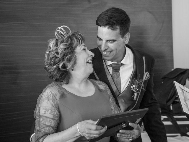 La boda de Sergio y Leticia en Plasencia Del Monte, Huesca 35