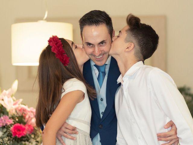 La boda de Manuel y Isabel en El Puig, Valencia 5