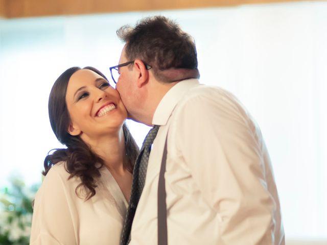 La boda de Manuel y Isabel en El Puig, Valencia 22