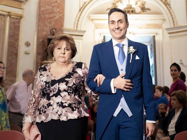 La boda de Manuel y Isabel en El Puig, Valencia 26