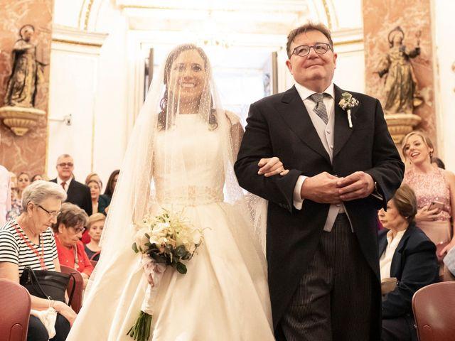 La boda de Manuel y Isabel en El Puig, Valencia 30