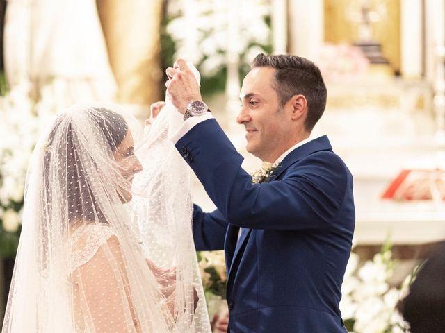 La boda de Manuel y Isabel en El Puig, Valencia 31