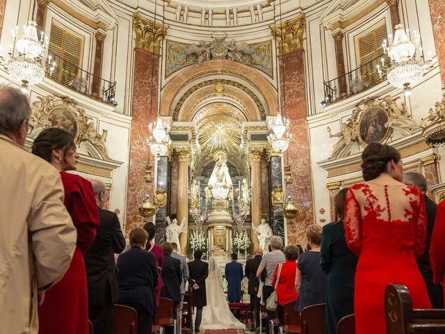 La boda de Manuel y Isabel en El Puig, Valencia 33