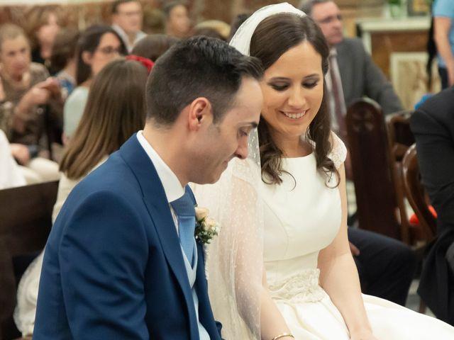 La boda de Manuel y Isabel en El Puig, Valencia 34