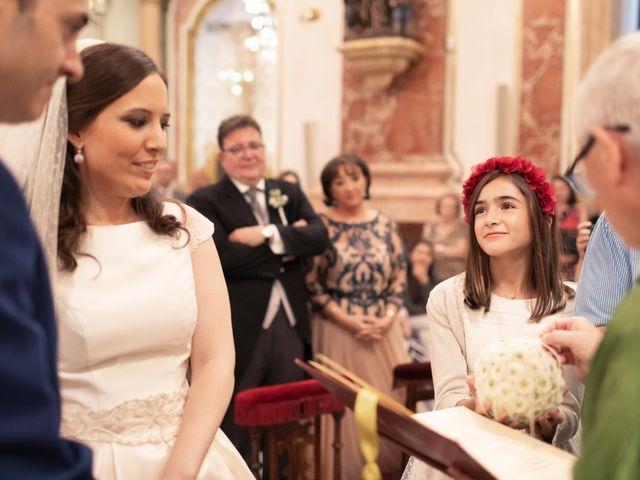 La boda de Manuel y Isabel en El Puig, Valencia 35