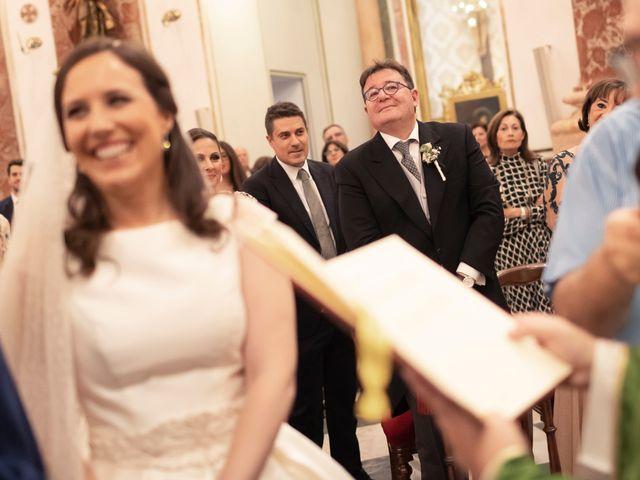 La boda de Manuel y Isabel en El Puig, Valencia 40