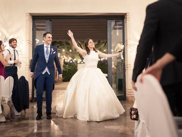 La boda de Manuel y Isabel en El Puig, Valencia 51
