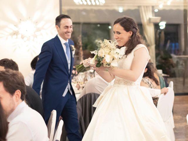 La boda de Manuel y Isabel en El Puig, Valencia 64