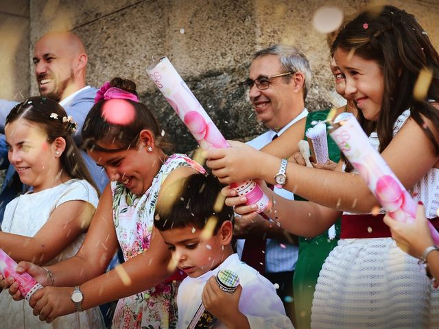 La boda de Fran y Almudena en Zarza De Granadilla, Cáceres 43