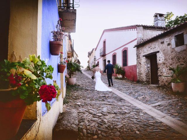 La boda de Fran y Almudena en Zarza De Granadilla, Cáceres 75