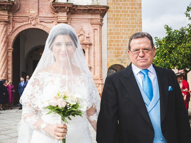 La boda de Ana Belén y Roberto en Palma Del Rio, Córdoba 31