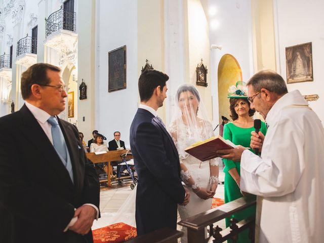 La boda de Ana Belén y Roberto en Palma Del Rio, Córdoba 43