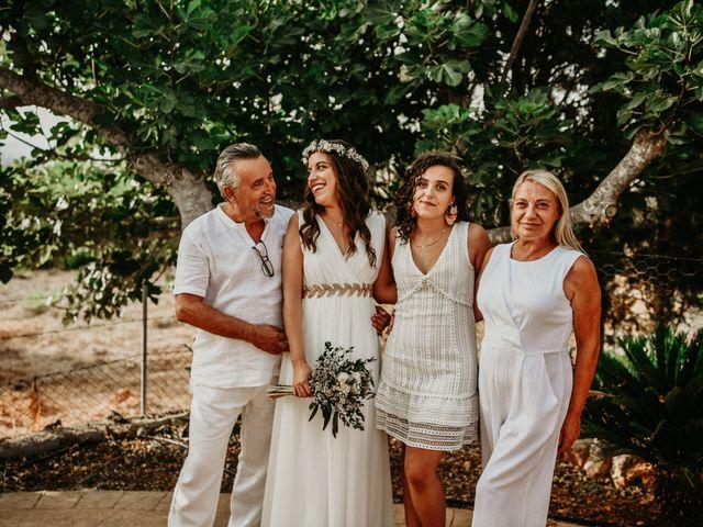 La boda de Lluís y Elena en Campos, Islas Baleares 20