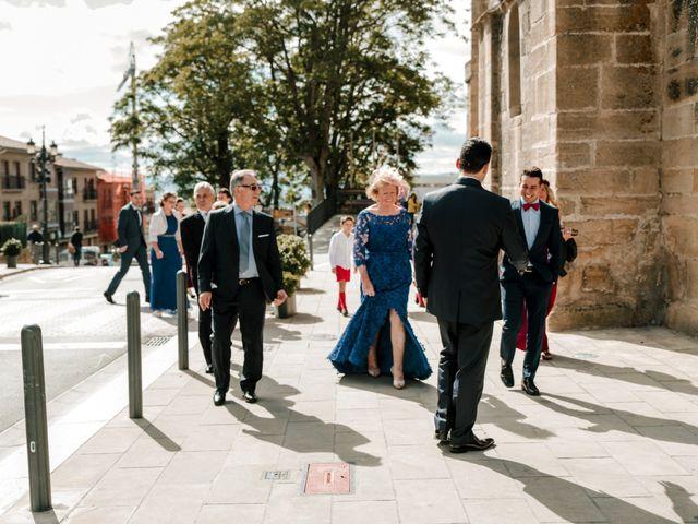 La boda de Alfonso y Almudena en Laguardia, Álava 29