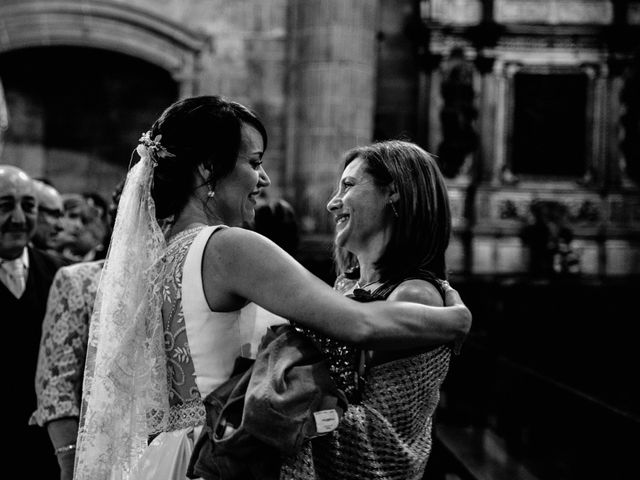 La boda de Alfonso y Almudena en Laguardia, Álava 53