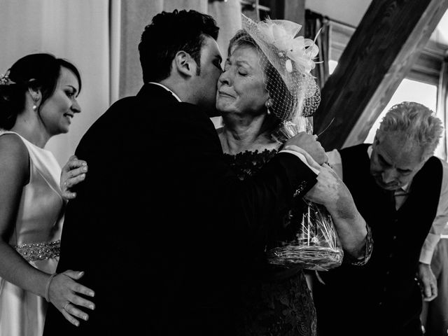 La boda de Alfonso y Almudena en Laguardia, Álava 80