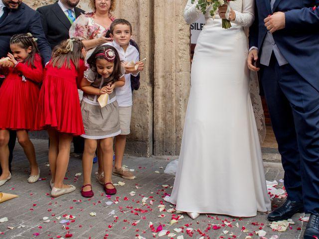 La boda de Javier y Bárbara en Vilamarxant, Valencia 32
