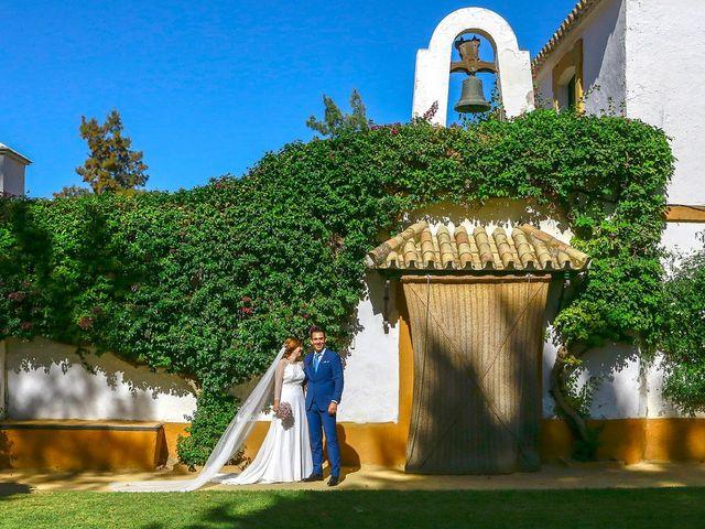 La boda de Alberto y Macarena en Pilas, Sevilla 11