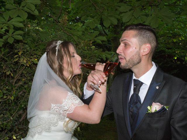 La boda de Tony y Clara en Igualada, Barcelona 16