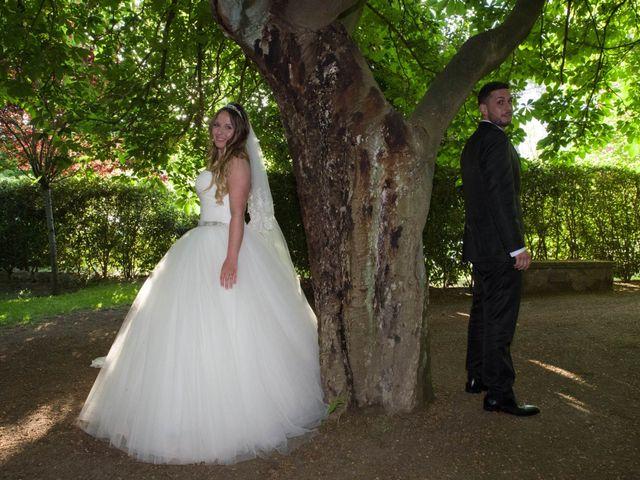La boda de Tony y Clara en Igualada, Barcelona 17