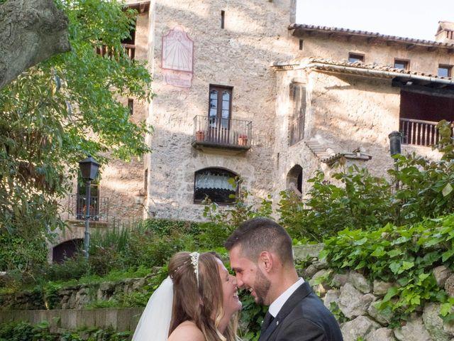 La boda de Tony y Clara en Igualada, Barcelona 19