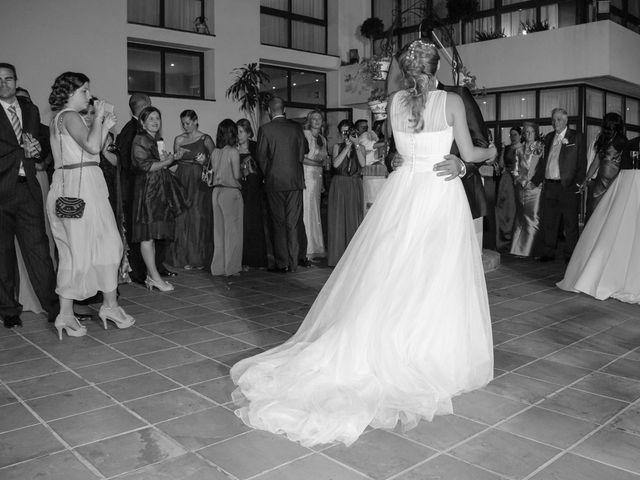 La boda de Ale y Mavi en Huelva, Huelva 27