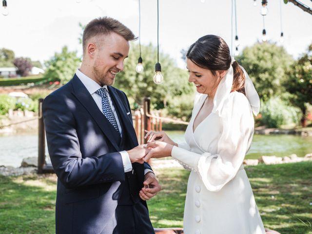 La boda de Héctor y Laura en Bueu (Resto Parroquia), Pontevedra 16