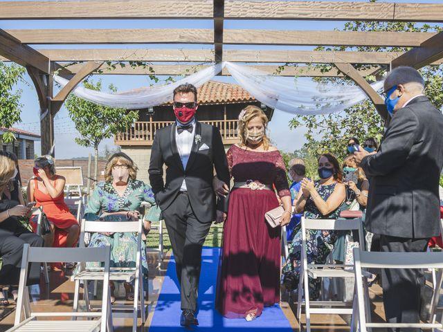 La boda de Quico y Nuria en Luanco, Asturias 15