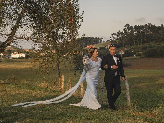 La boda de Quico y Nuria en Luanco, Asturias 35