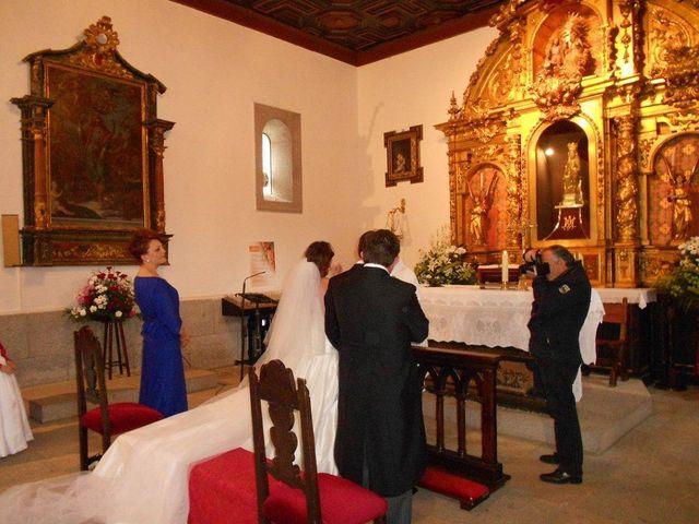 La boda de Rebeca y Borja en Colmenar Viejo, Madrid 5