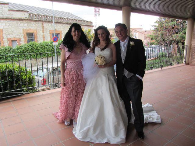 La boda de Rebeca y Borja en Colmenar Viejo, Madrid 19