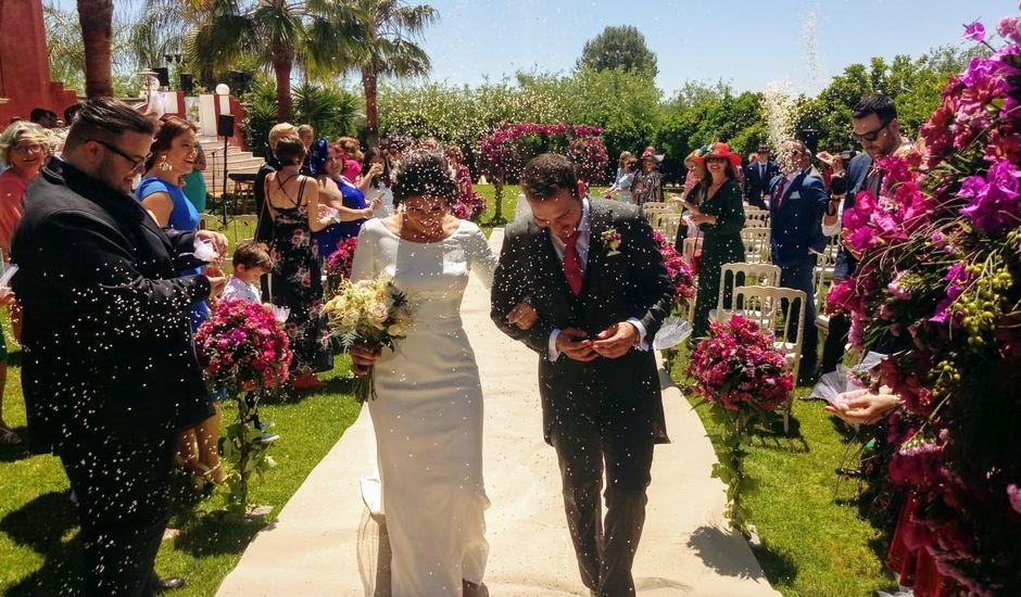La boda de Maria Jose y Jose Antonio en Peñaflor, Sevilla