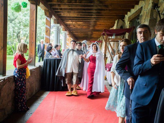 La boda de Iván y Noelia en Navaluenga, Ávila 8