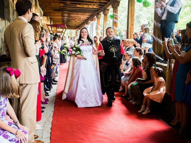 La boda de Iván y Noelia en Navaluenga, Ávila 11