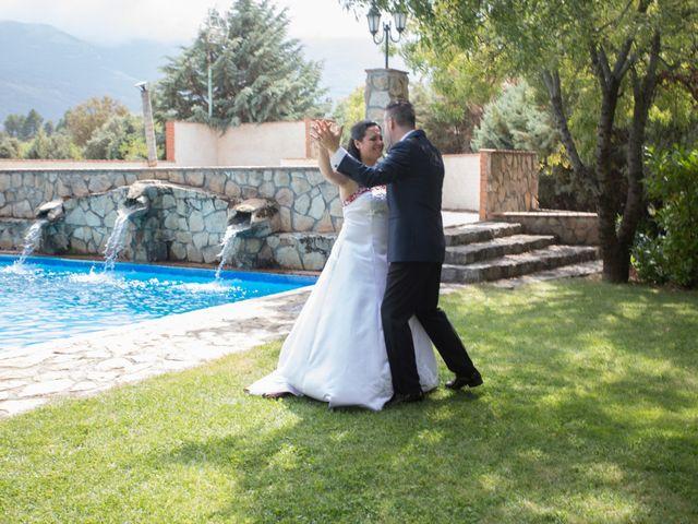 La boda de Iván y Noelia en Navaluenga, Ávila 14