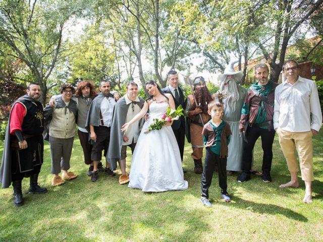 La boda de Iván y Noelia en Navaluenga, Ávila 17