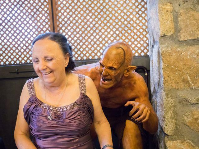 La boda de Iván y Noelia en Navaluenga, Ávila 20