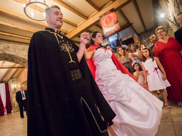 La boda de Iván y Noelia en Navaluenga, Ávila 23