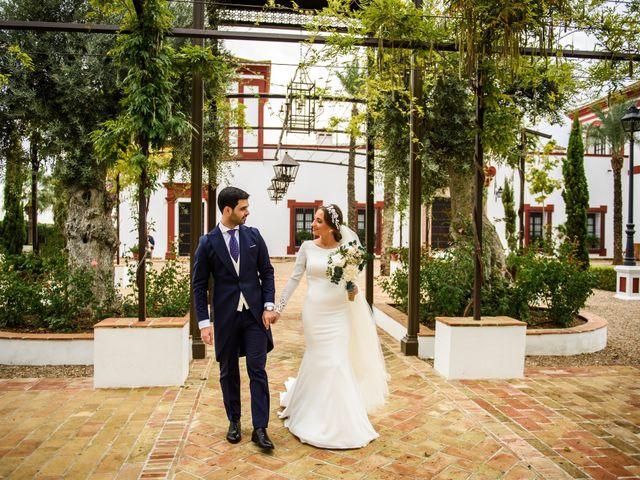 La boda de José Antonio y Carmen en Fuente Palmera, Córdoba 17