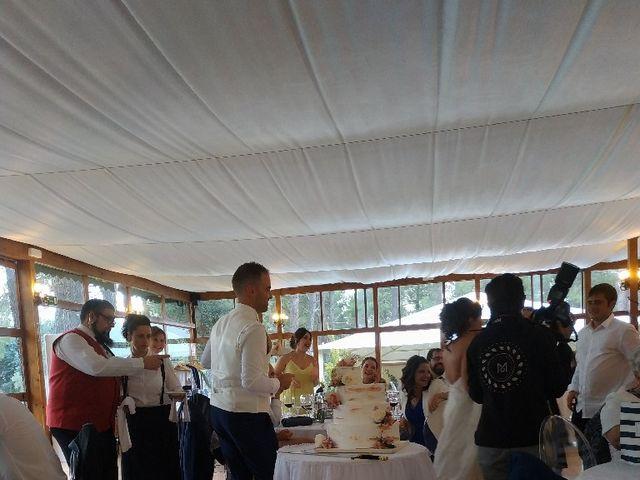 La boda de Jennifer y Adrian en Garray, Soria 6