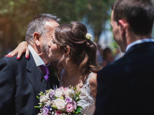 La boda de Alex y Yanire en Fuentes De Ebro, Zaragoza 11