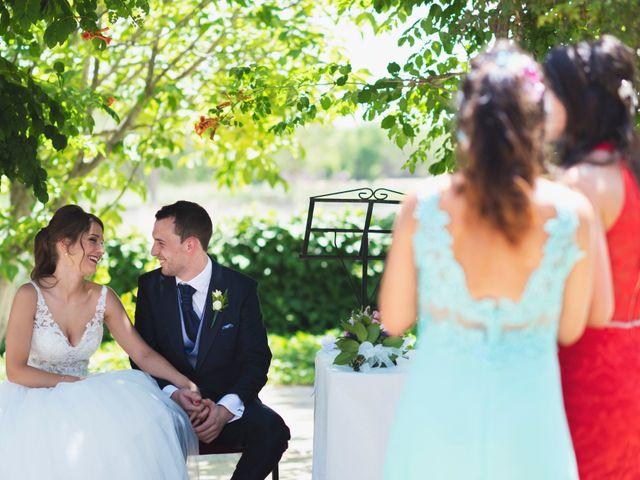 La boda de Alex y Yanire en Fuentes De Ebro, Zaragoza 14