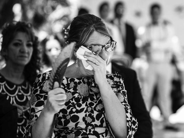 La boda de Alex y Yanire en Fuentes De Ebro, Zaragoza 18
