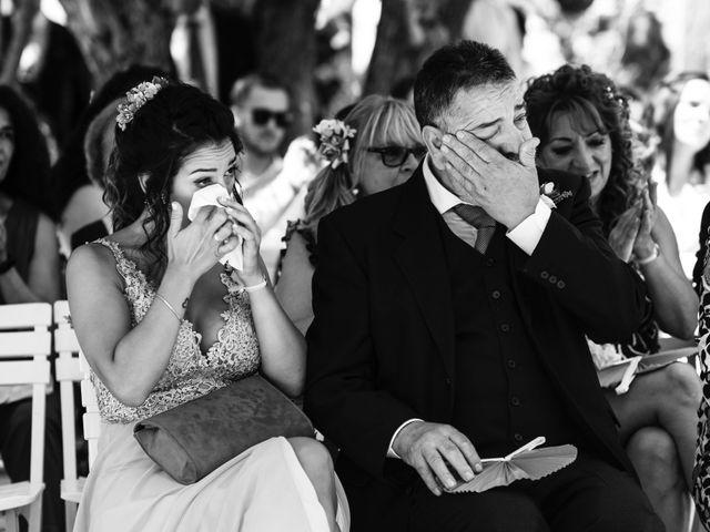 La boda de Alex y Yanire en Fuentes De Ebro, Zaragoza 19
