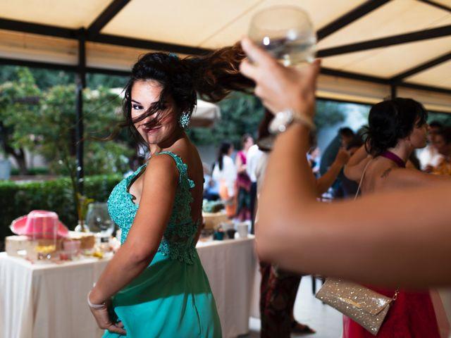 La boda de Alex y Yanire en Fuentes De Ebro, Zaragoza 36