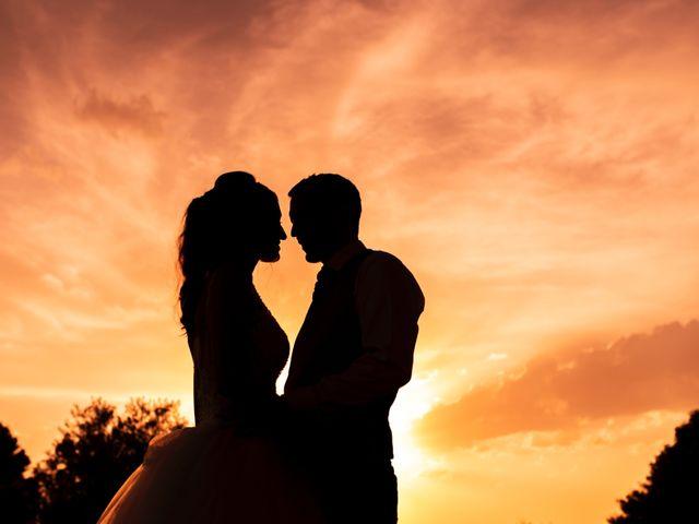 La boda de Alex y Yanire en Fuentes De Ebro, Zaragoza 38