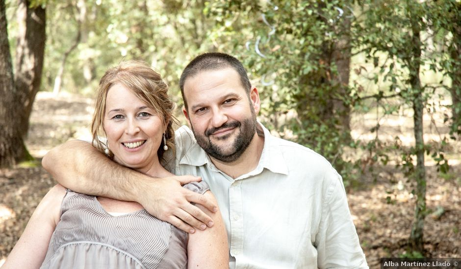 La boda de Caye y Mònica en Vilobi D'onyar, Girona