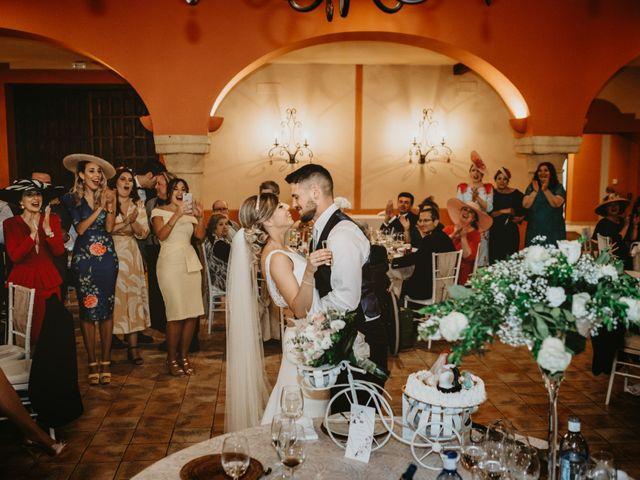 La boda de Alejandro y Macarena en Dos Hermanas, Sevilla 52